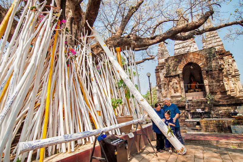 CHIANGMAI, THAILAND-APRIL 15: Cześć w Songkran festiwalu, A zdjęcia royalty free