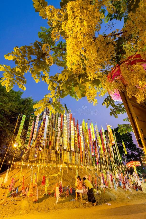 CHIANGMAI THAILAND-APRIL 14: Den Songkran festivalen är firat I arkivfoto