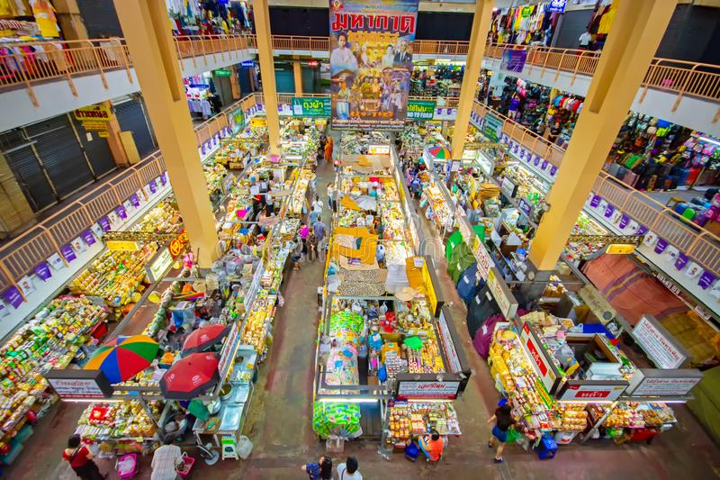 CHIANGMAI,THAILAND - DECEMBER 10, 2018 Warorot Market, locally called Kad Luang, is the one of Chiang Mai`s largest market.The pla. CHIANGMAI,THAILAND - DECEMBER royalty free stock images