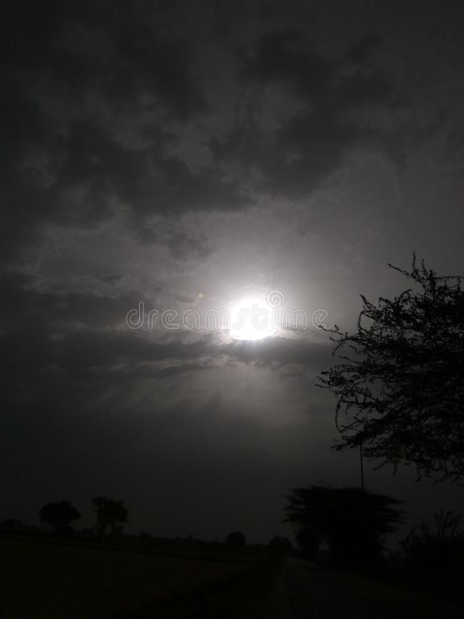 Chiaro di luna durante la notte immagine stock libera da diritti