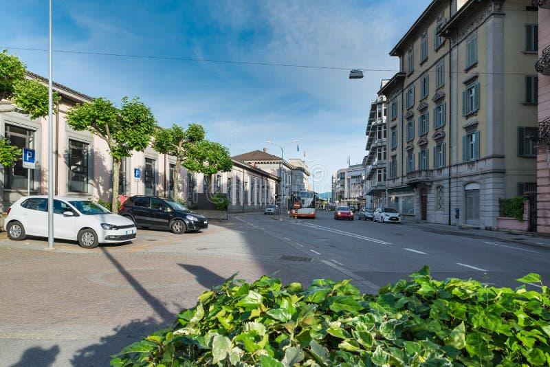 Chiasso街道Motta,瑞士的火车站的门面在市中心位于 免版税库存照片