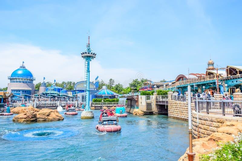 CHIBA, JAPAN: Aquatopiaaantrekkelijkheid op het gebied van de Havenontdekking in Tokyo Disneysea in Urayasu, Chiba, Japan wordt g stock foto's