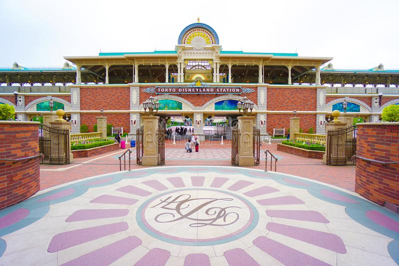 CHIBA, JAPAN: De monorailpost van Tokyo Disneyland Resort, Urayasu, Chiba, Japan royalty-vrije stock afbeeldingen