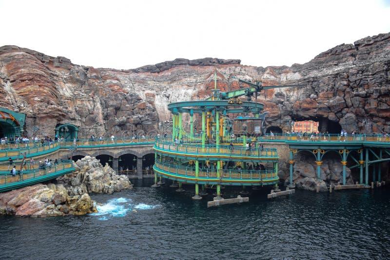 CHIBA, JAPAN - MAG, 2016: Geheimzinnige die Eilandaantrekkelijkheid in Tokyo Disneysea in Urayasu, Chiba, Japan wordt gevestigd stock foto's