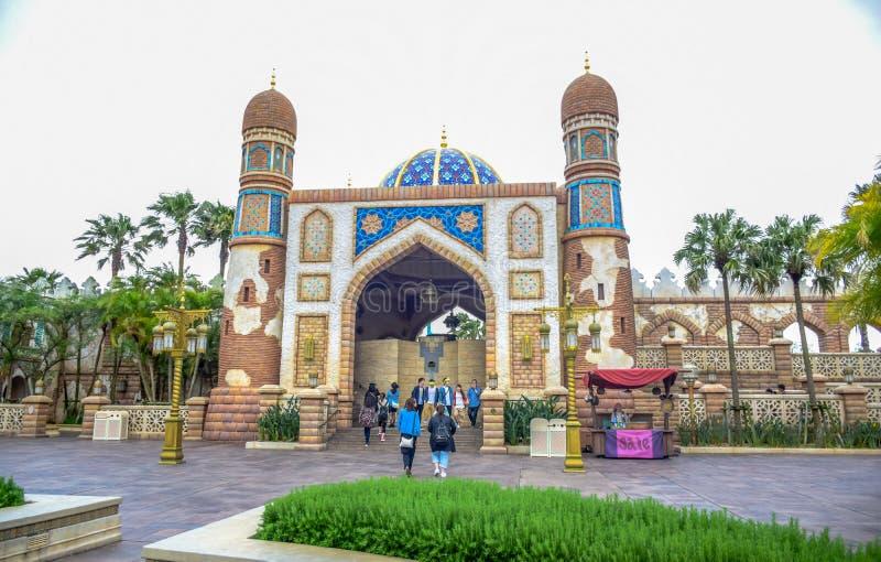 CHIBA, JAPAN - MAG, 2016: Het Arabische die gebied van de Kustaantrekkelijkheid in Tokyo Disneysea in Urayasu, Chiba, Japan wordt stock afbeeldingen