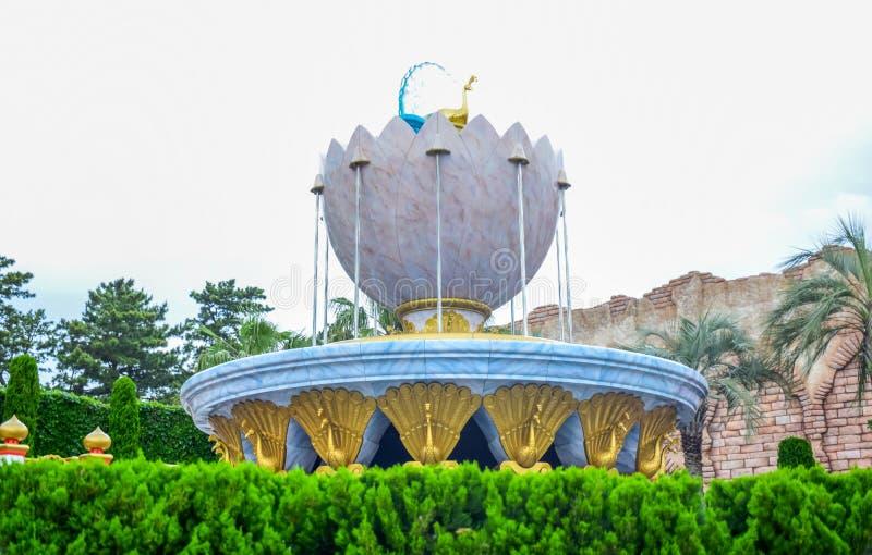 CHIBA JAPAN -, MAY 2016: Arabiskt kustdragningsområde i Tokyo Disneysea som lokaliseras i Urayasu, Chiba, Japan arkivfoto