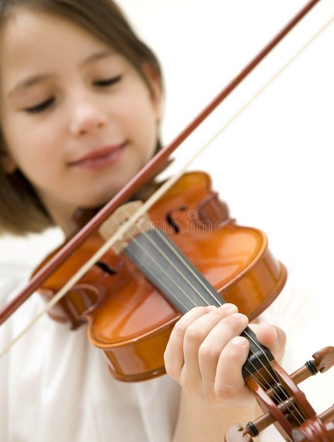 Chica joven con el violín foto de archivo