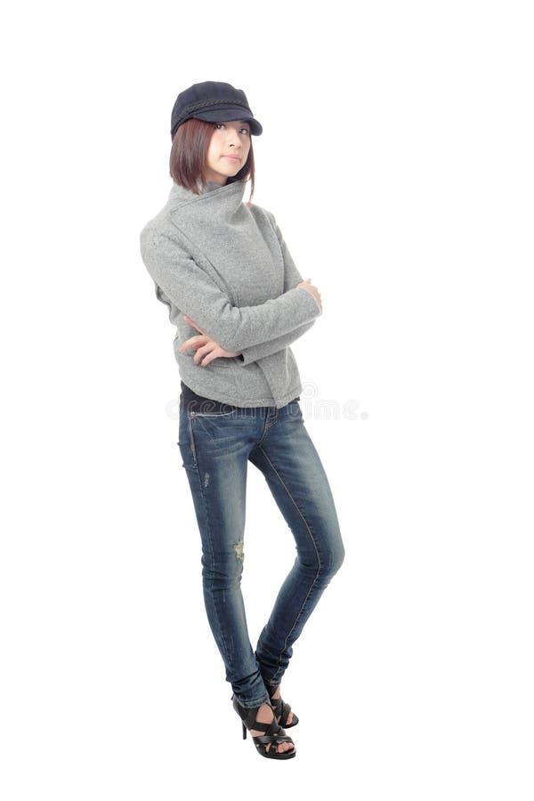 Chica joven fresca con los tejanos fotos de archivo