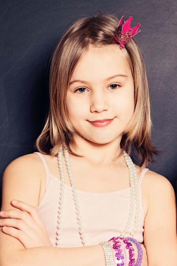 Chica joven hermosa Cara joven fotografía de archivo libre de regalías