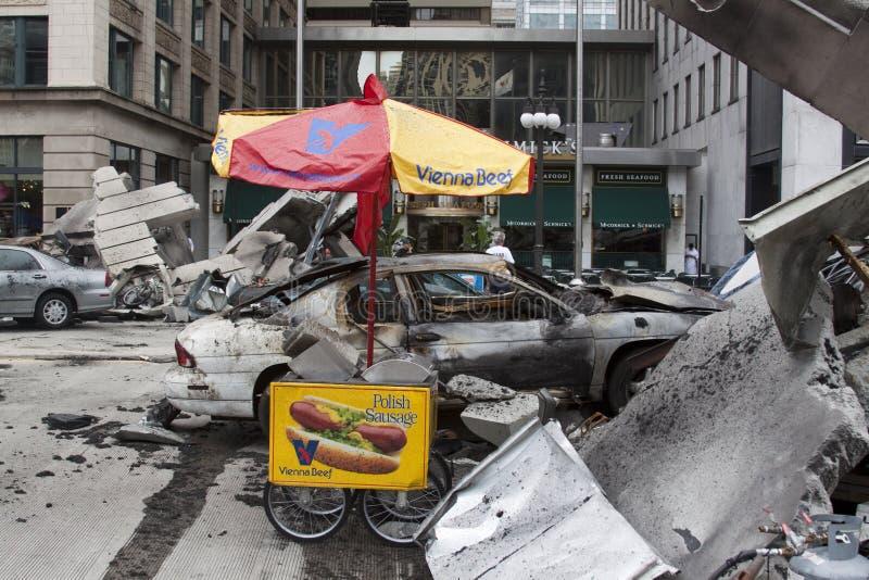 CHICAGO - 24 DE JULIO: Ruina del coche en el conjunto de fotografía de archivo