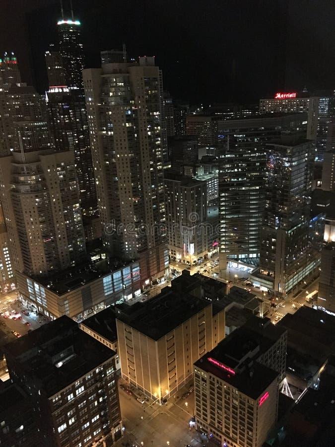 Chicago alla notte fotografie stock libere da diritti