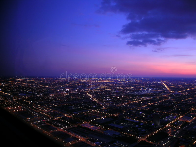 Chicago bij Nacht, Luchtmening stock foto's