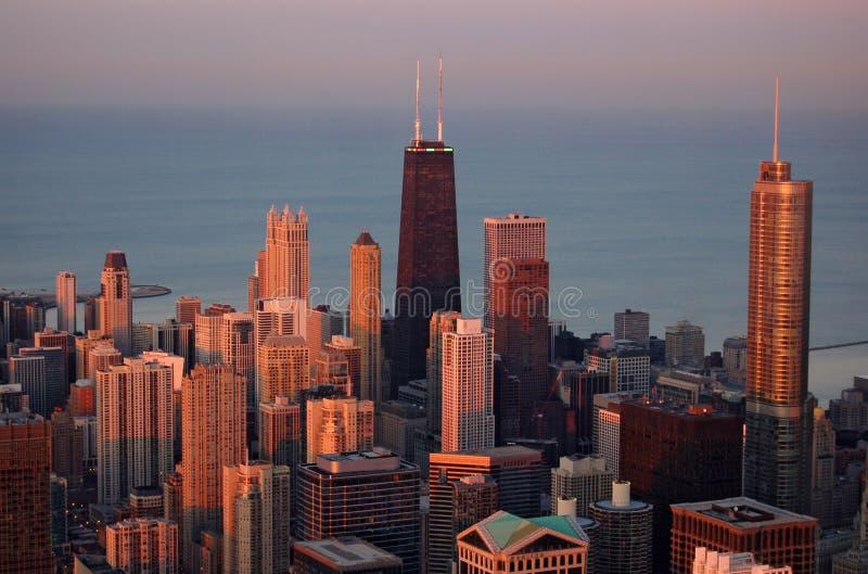 Chicago bij zonsondergang stock fotografie