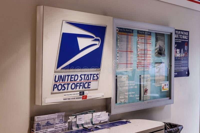 Chicago - circa maggio 2018: Posizione dell'ufficio postale di USPS Il USPS è responsabile della fornitura della consegna di post fotografie stock libere da diritti
