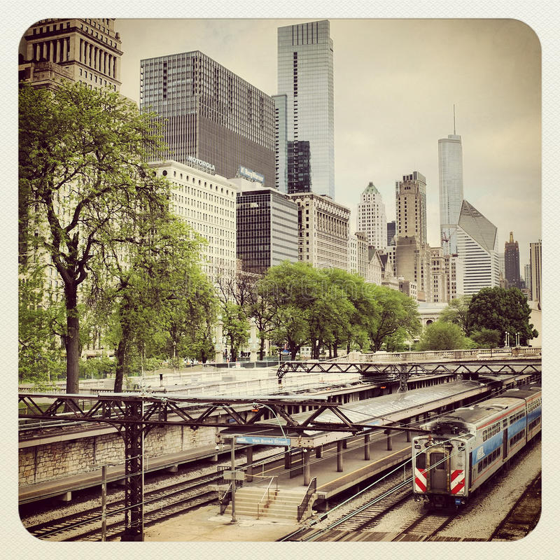 Download Chicago CTA bus and train editorial image. Image of train - 31501975