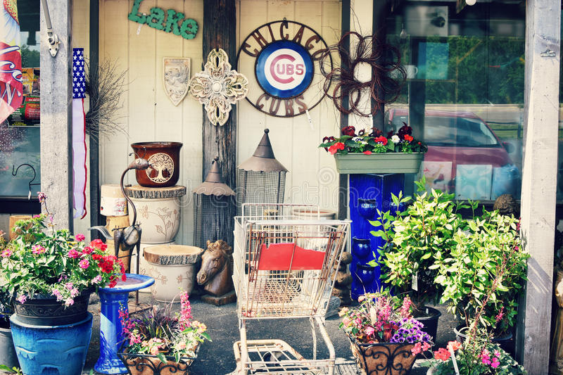 Chicago Cubs. Decor hanging in front of Pesche`s Greenhouse Floral and Gift Shop in Lake Geneva, Wisconsin stock photos
