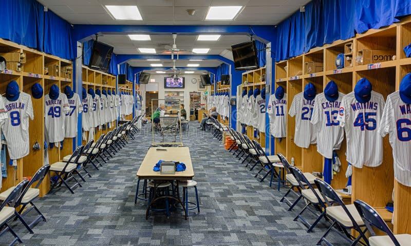 Chicago Cubsomklädningsrum med låsbara skåp royaltyfria bilder