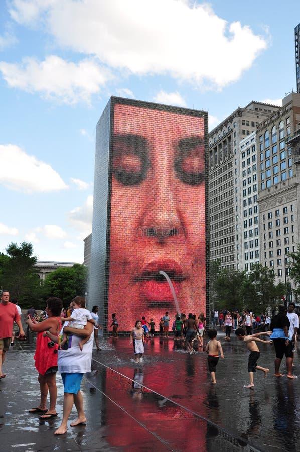 Chicago de stad in: De Kroonfontein van het millenniumpark stock fotografie