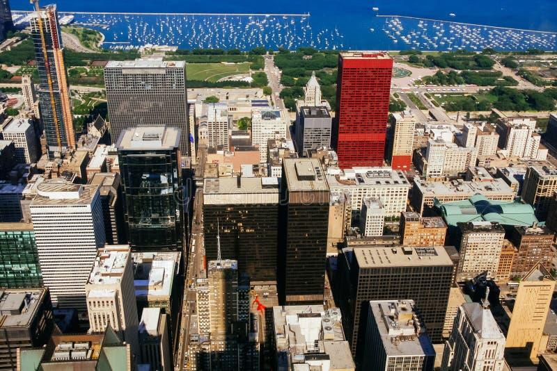 CHICAGO, de V.S. - 20 Juli, 2017: Een mening op een dag met Wolken die de stad van Chicago de stad in verlengen stock foto's