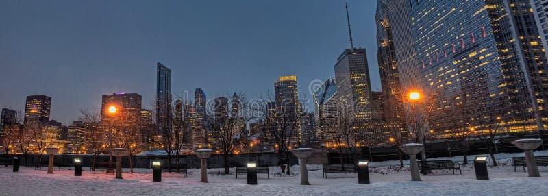 Chicago do centro durante o inverno em um dia aborrecido fotos de stock royalty free