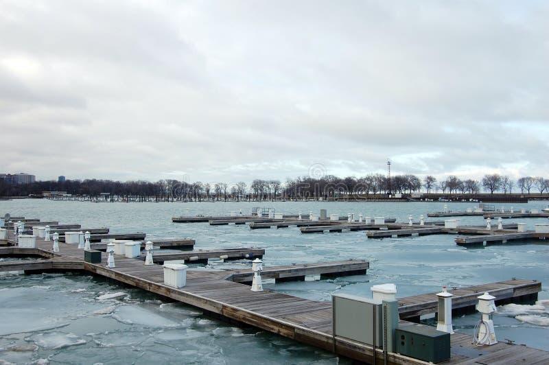 Chicago-Docks im Winter stockfotografie