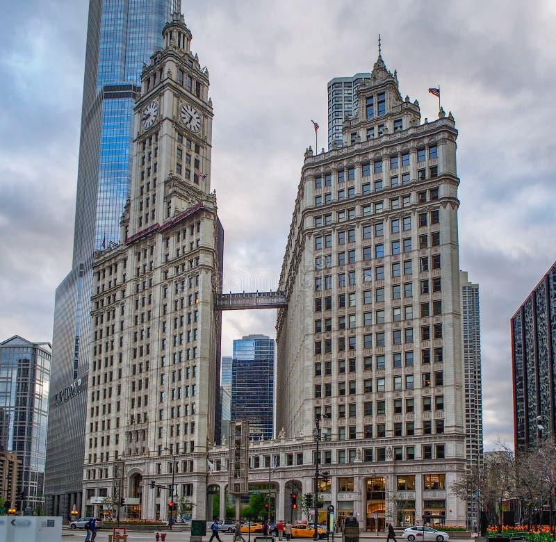 Chicago Förenta staterna - symbolisk Wrigley byggnad i Chicago, Förenta staterna arkivfoton