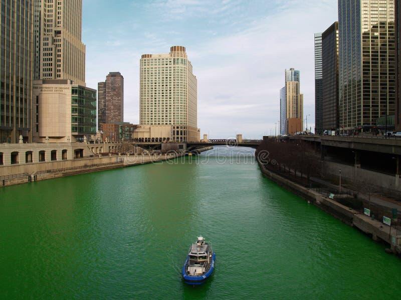 Chicago-Fluss Heiliges Patrics am Tag lizenzfreie stockfotografie