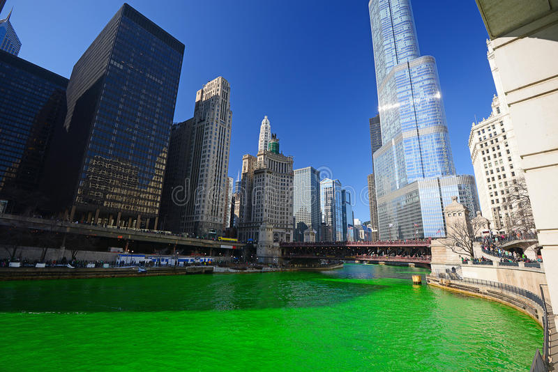 Chicago Green River royaltyfri foto