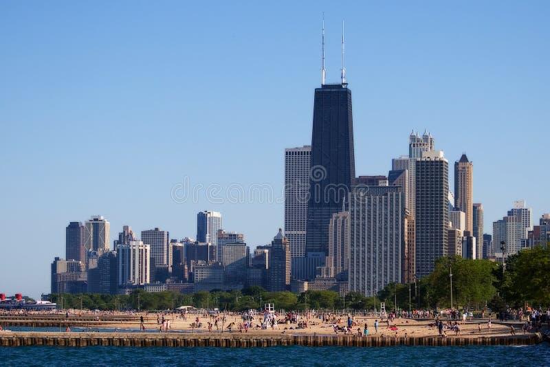 Download Chicago horisont arkivfoto. Bild av turist, hancock, lake - 992238