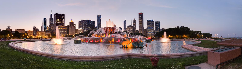 Chicago, IL/USA - circa Juli 2015: Buckinghamfontein in Grant Park in Chicago, Illinois royalty-vrije stock afbeelding