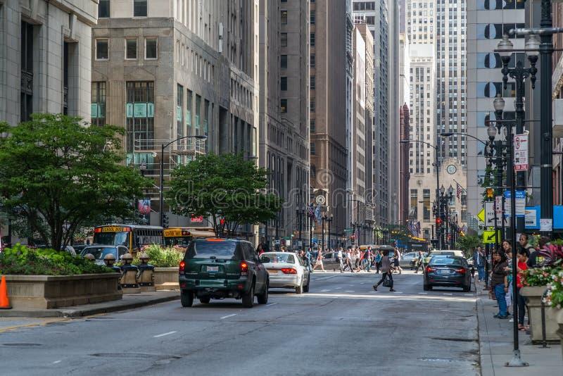 Chicago, IL/USA - circa Juli 2015: Straten van Chicago Van de binnenstad, Illinois royalty-vrije stock afbeeldingen