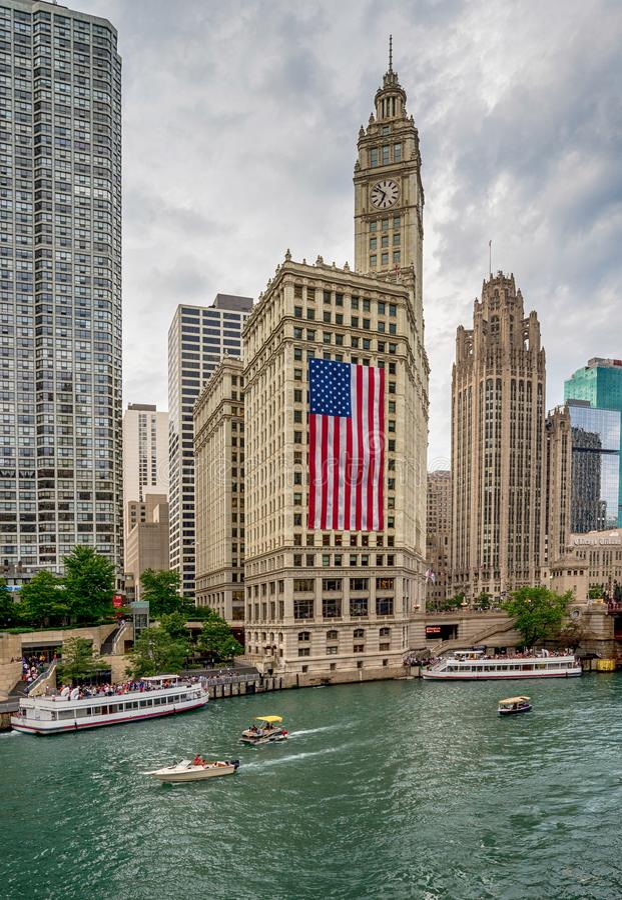 Chicago, IL Verenigde Staten - Julyl 03, 2017: Toeristenboot op Th royalty-vrije stock afbeelding
