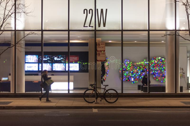 Chicago, IL, Verenigde Staten - November 16, 2018: Schot van de vooringang en de hal van het hoge stijgingsgebouw bij 22 W Washin royalty-vrije stock foto's