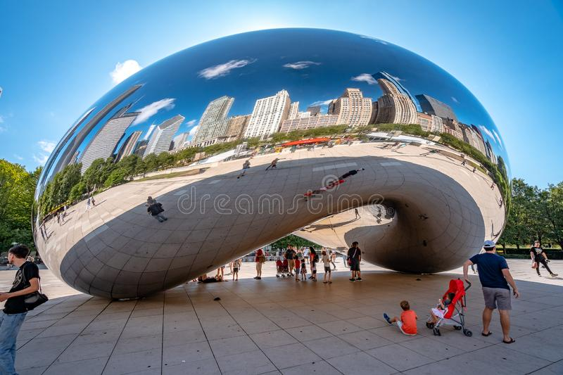 Chicago, Illinois, USA - Cloud Gate sculpture in Millennium park stock photography