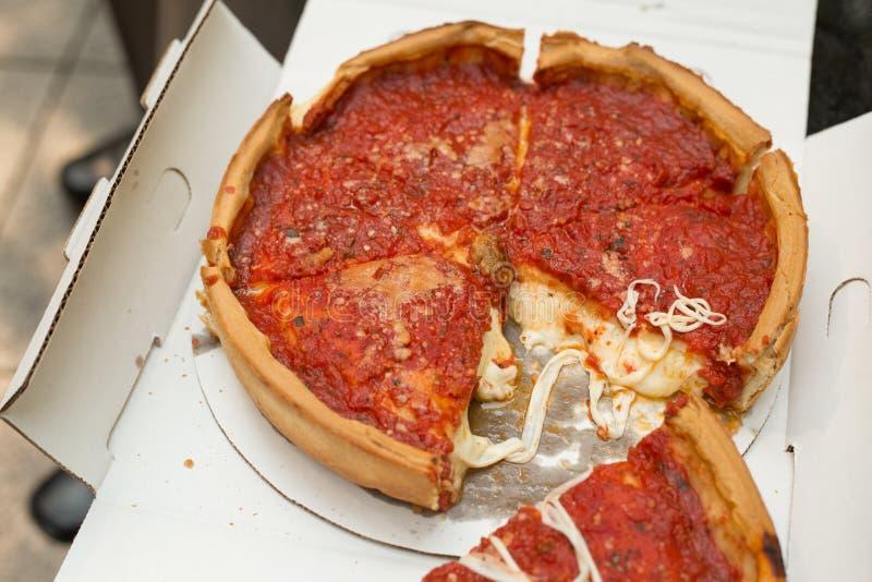 chicago karottpizza royaltyfri bild