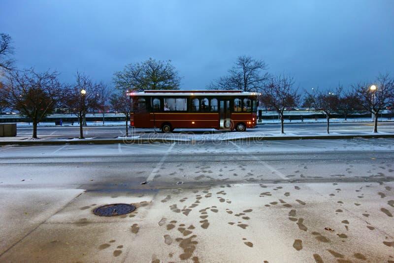 Chicago-Laufkatze im Schnee lizenzfreie stockbilder