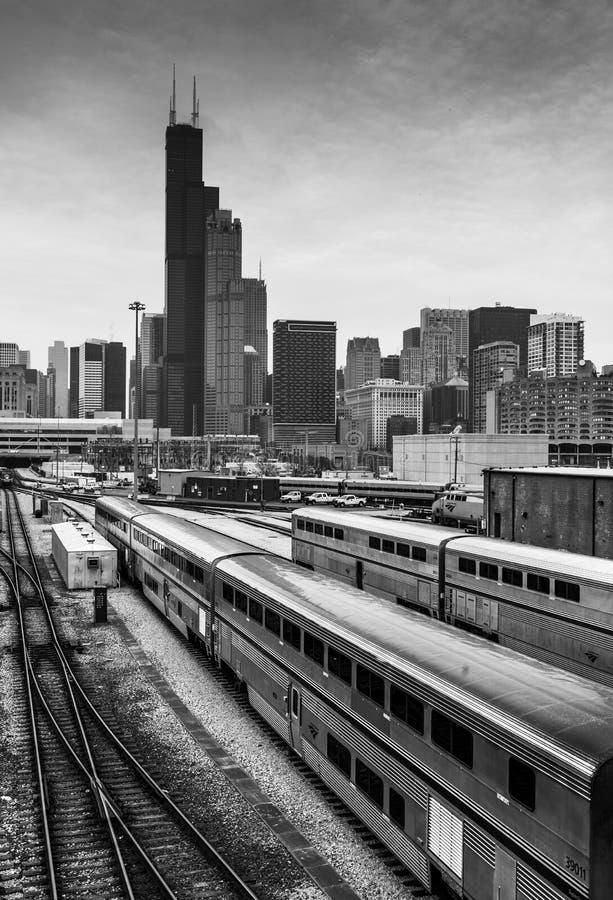 Chicago, los E.E.U.U.: Horizonte de Chicago en el día nublado imagen de archivo libre de regalías