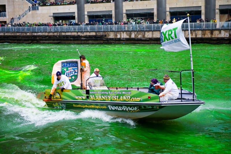 Teinture de la rivière Chicago photos stock