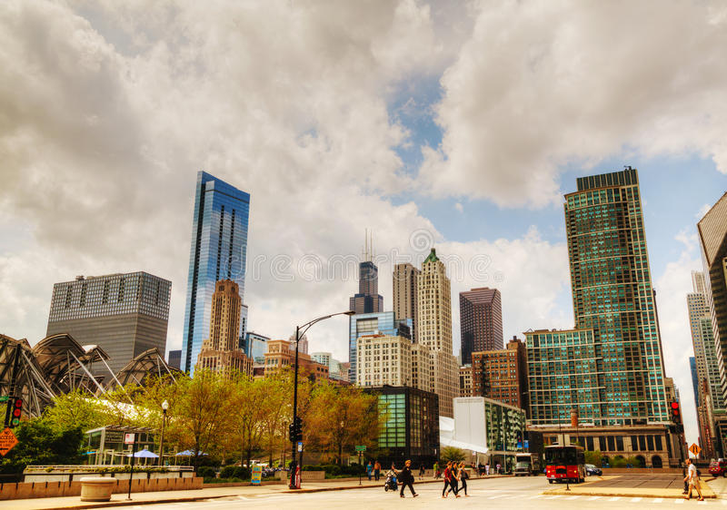Cityscape Of Chicago With The Willis Tower (Sears Tower) Editorial Stock Image
