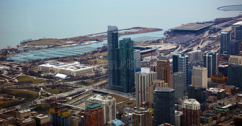 Chicago nära sikt för södra sida, marina- och Lake Michigan från himmel royaltyfri bild