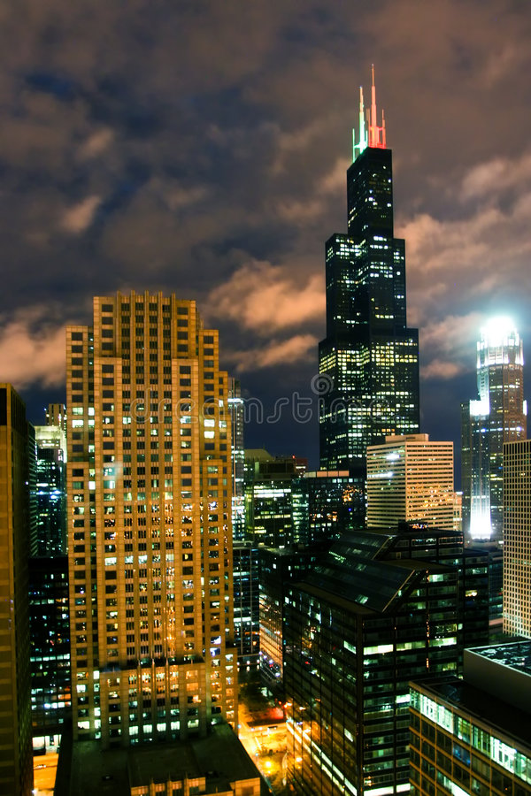chicago night στοκ εικόνες με δικαίωμα ελεύθερης χρήσης