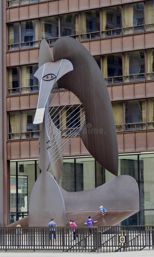 Chicago Picaso nosi covid 19 maska #1 zdjęcia royalty free