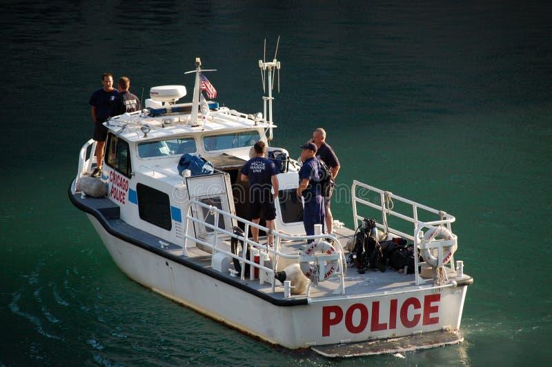 Chicago-Polizeidienststelle-Marinemaßeinheits-Patrouillieren stockbild