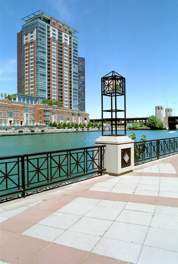 Download Chicago River And Canal Illinois USA Stock Image - Image of sidewalk, condo: 2932261