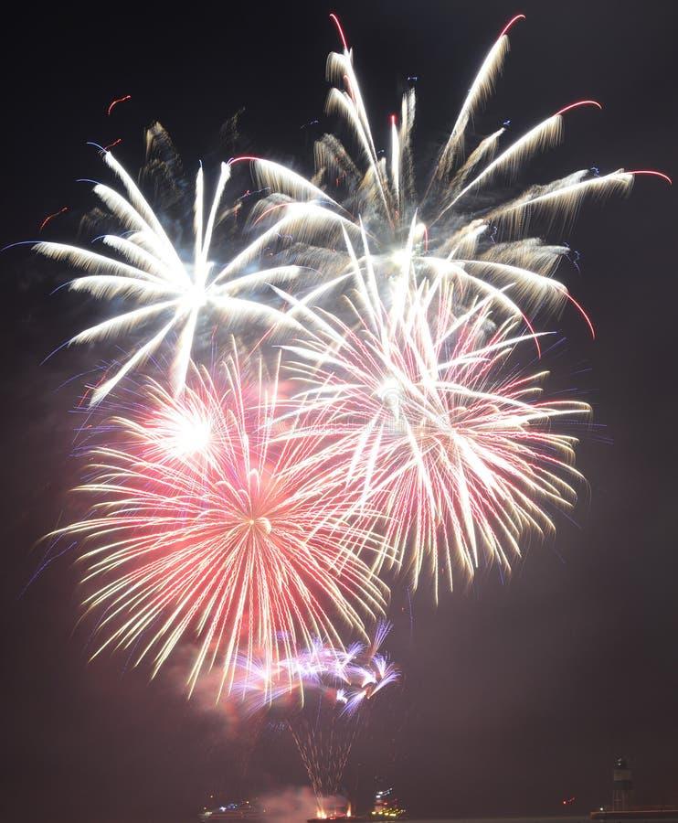 Chicago, S 1° gennaio 2017 Fuochi d'artificio al pilastro della marina a welcom fotografie stock libere da diritti