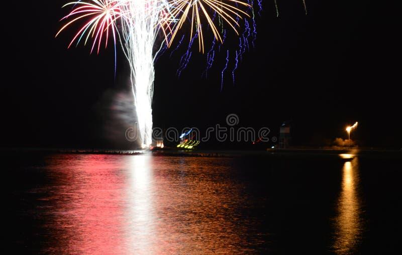 Chicago, S 1° gennaio 2017 Fuochi d'artificio al pilastro della marina a welcom immagini stock libere da diritti