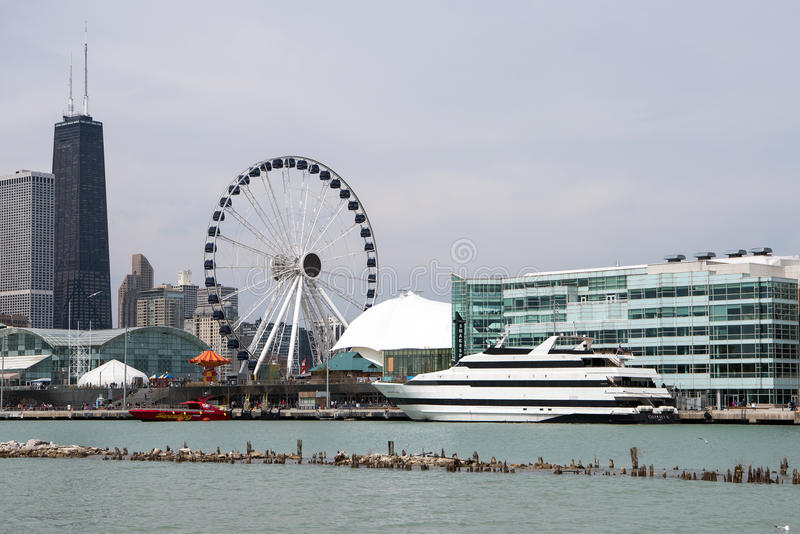Chicago& x27; s marynarki wojennej molo obraz royalty free