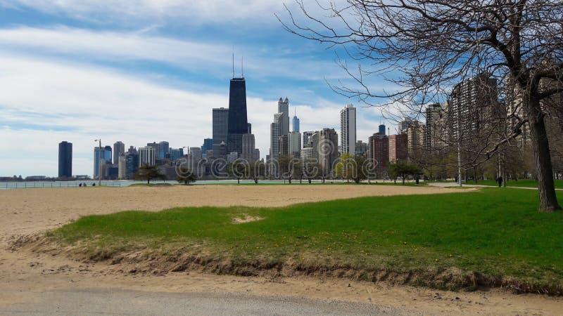 Chicago-Skyline mit John Hancock Observatory stockbilder