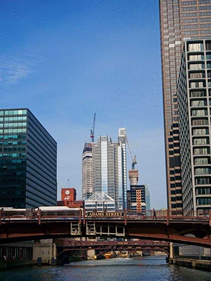 Chicago stad, sikt från floden royaltyfri bild