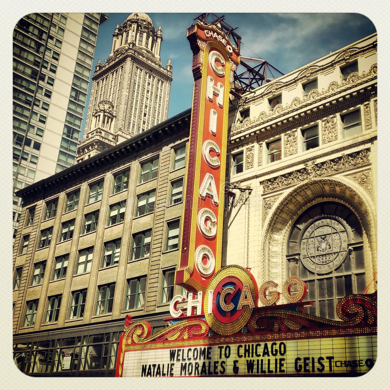 Download Chicago Theatre editorial photo. Image of downtown, architecture - 31213801